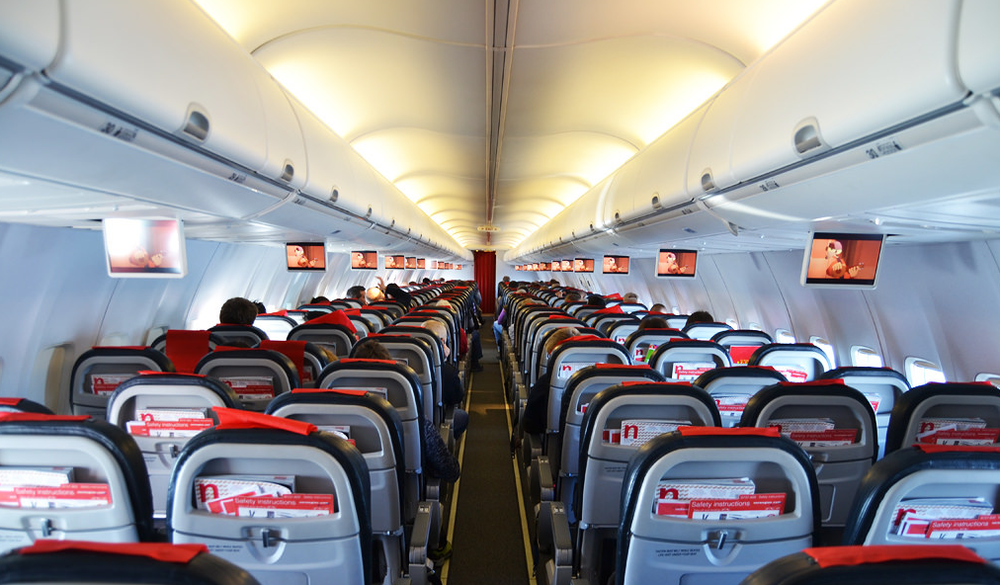 737 cabin 2.png