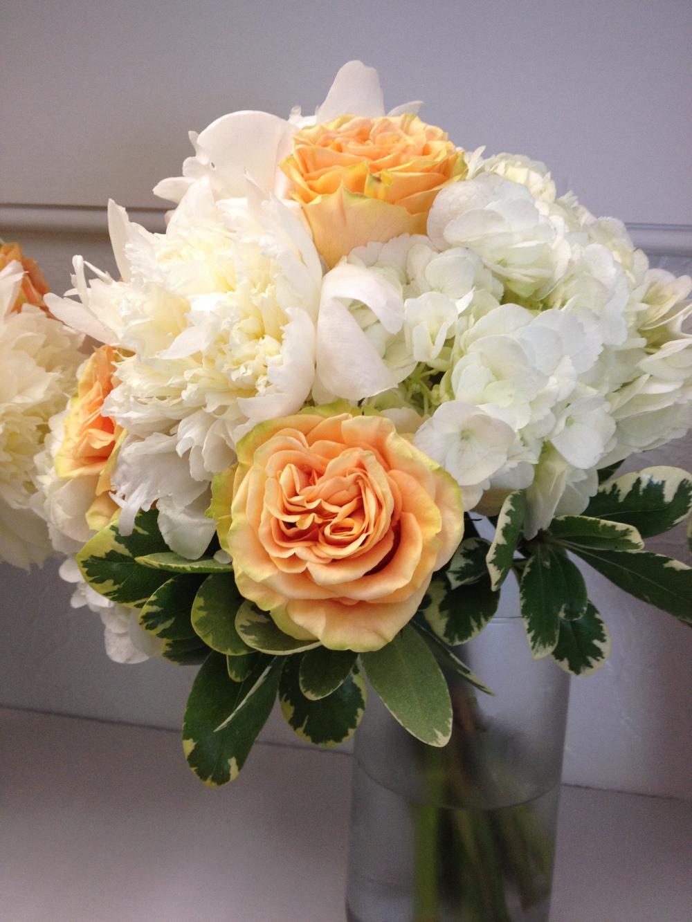 Creamsicle Bouquet.JPG
