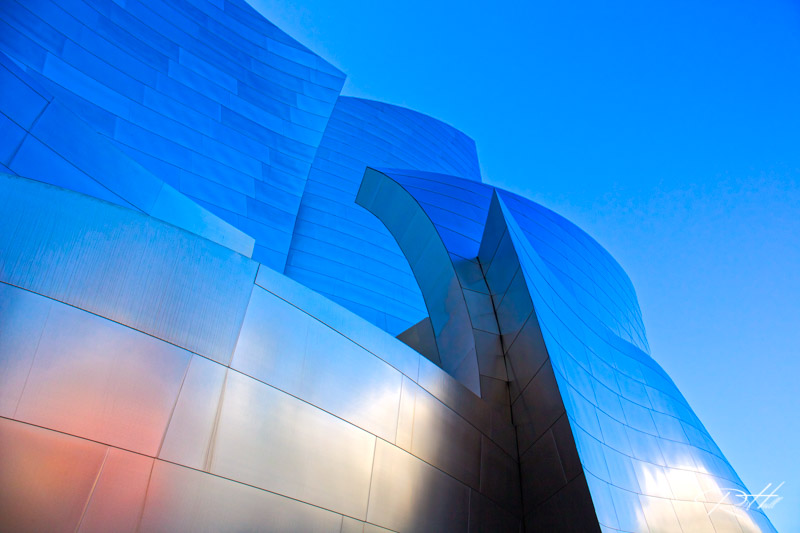 Here you see the shape and texture of the Walt Disney Concert Hall in Los Angeles.