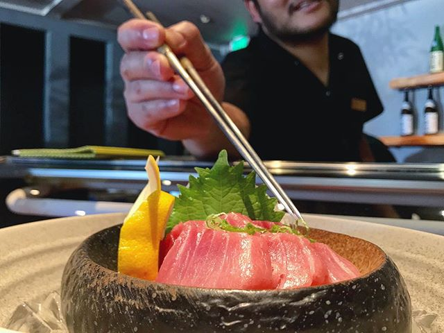 🐟 Bluefin tuna • Maguro sashimi #itswhatsfordinner ____________________________ #akemiberkeley #berkeley #solanoave #berkeleyeats #eastbay #eastbayeats #berkeleyrestaurants #bayarea #bayareaeats #sanfrancisco #oakland #japaneserestaurant #japanesefood #sushi #sushirestaurant #noms #sushitime #foodstagram #food #foodie #delish #dinner #foodgasm #instagood #gastronomy #foodbeast