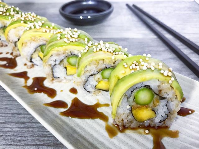 This vegetarian sushi roll is anything but boring 🌀 the Veggie King Roll is made with ripe mango, tempura asparagus, and topped with avocado. —�—�—�—�—�—�—�—�—�—�—�—� #akemiberkeley #berkeley #solanoave #berkeleyeats #eastbay #eastbayeats #berkeleyrestaurants #bayarea #bayareaeats #sanfrancisco #oakland #japaneserestaurant #japanesefood #sushi #sushirestaurant #noms #sushitime #foodstagram #food #foodie #delish #dinner #foodgasm #instagood #gastronomy #foodbeast