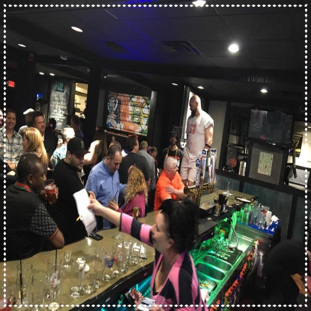 Brunos 80s Bar crowd.jpg
