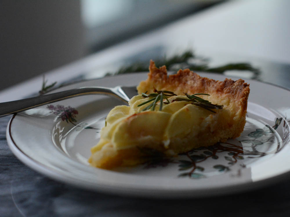rosemary-apple-tart-4.jpg