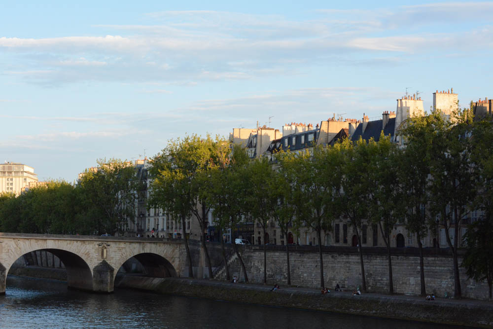 paris-seine-1.jpg