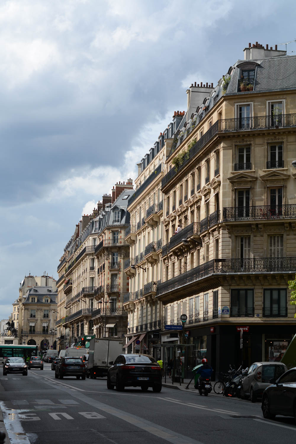 streets-of-paris.jpg