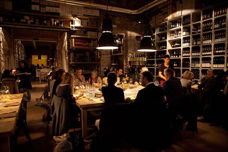 dining_italy.jpg