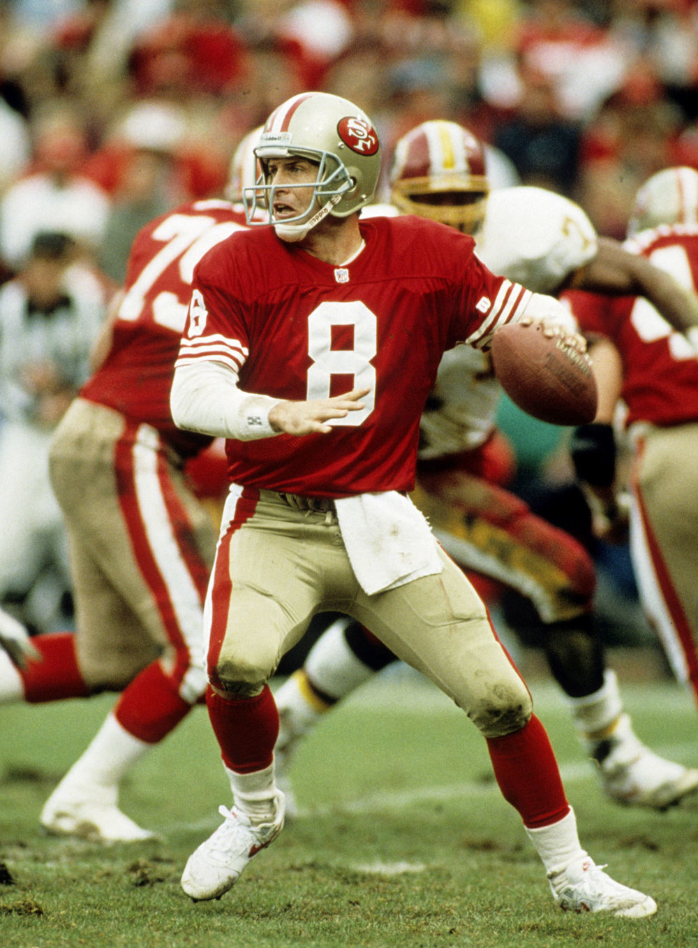 Quarterback Steve Young of the 49ers