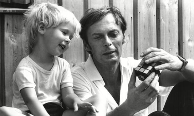 Erno Rubik with his daughter Anna in 1981