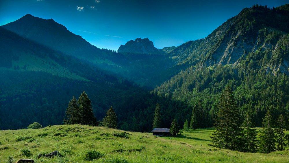 mountain-green-part-wallpapers-61951-1081745.jpg