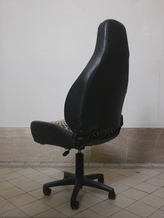 prev / next & Porsche® Desk Chair u2014 Winkelbauer Design