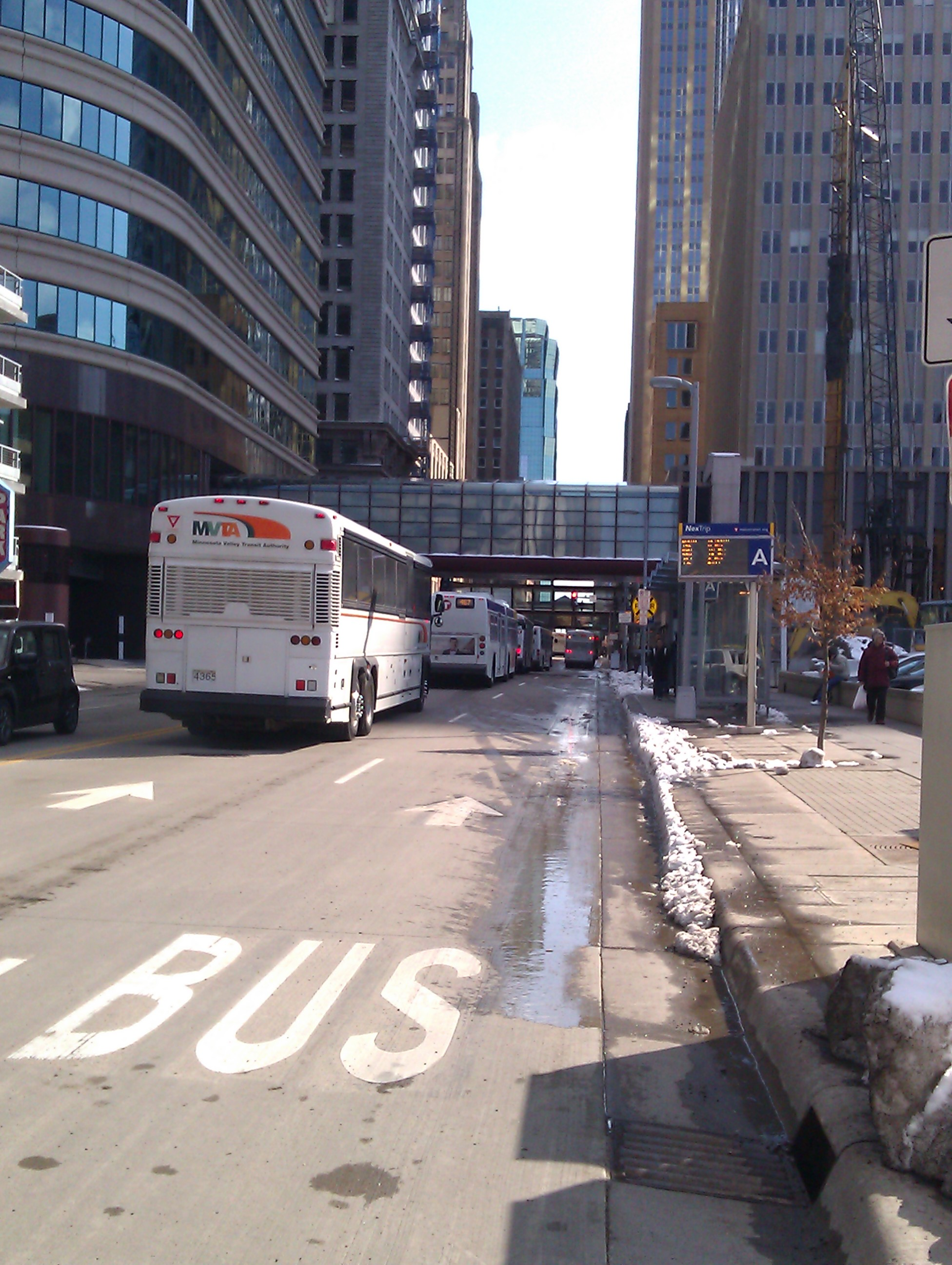 Express bus traffic on Marquette Ave South