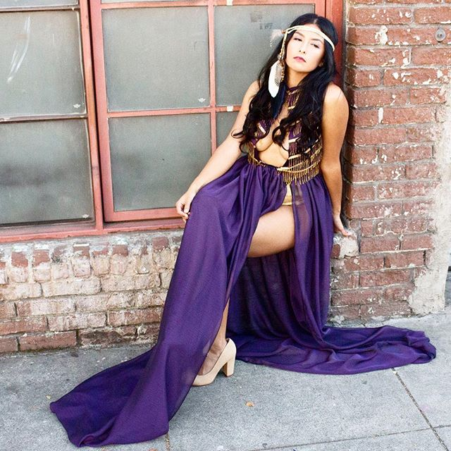 Because ya girl loves a good throwback. Happy Women's History Month, y'all. #couture #melyndavalera #fashion #nativeamerican #handmade #womensempowerment #runway #seeds #fashionmodel