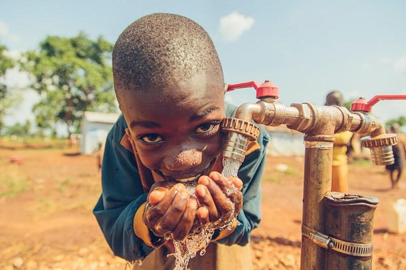 BurundianRefugeeBoy_SafeWater2015.jpg