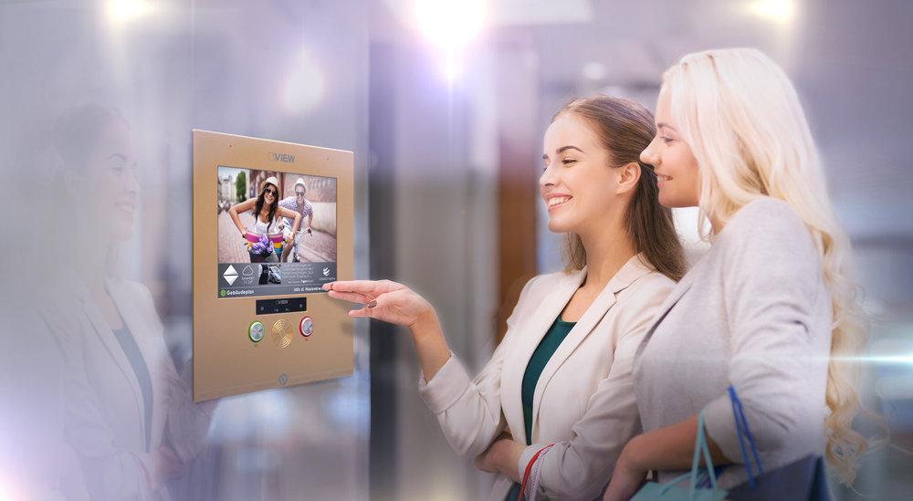 VIEW_Elevator_Advertising_Composing01.jpg