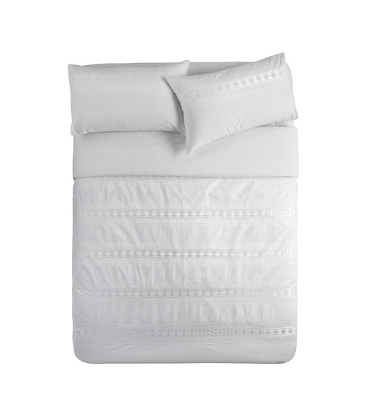 2405 derby white bedlinen HR.jpg