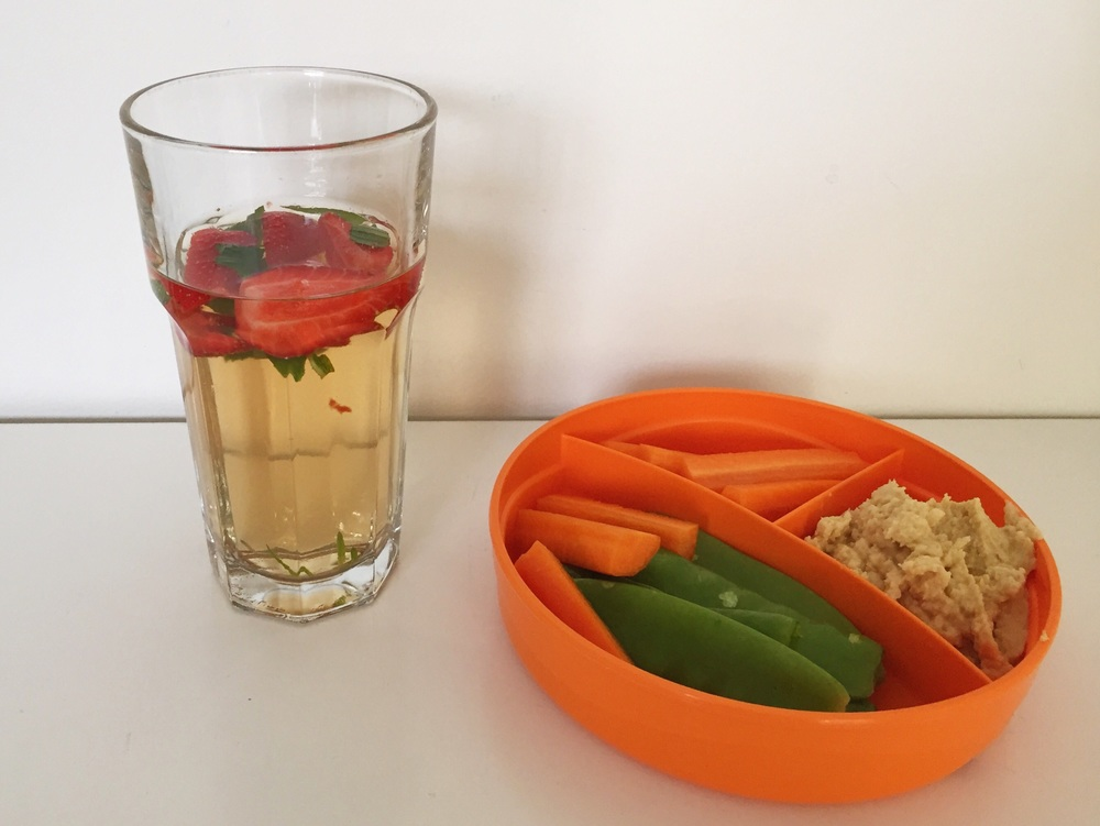 Morning tea: Apple iced tea with strawberries and mint; carrot sticks and snow peas with hummus