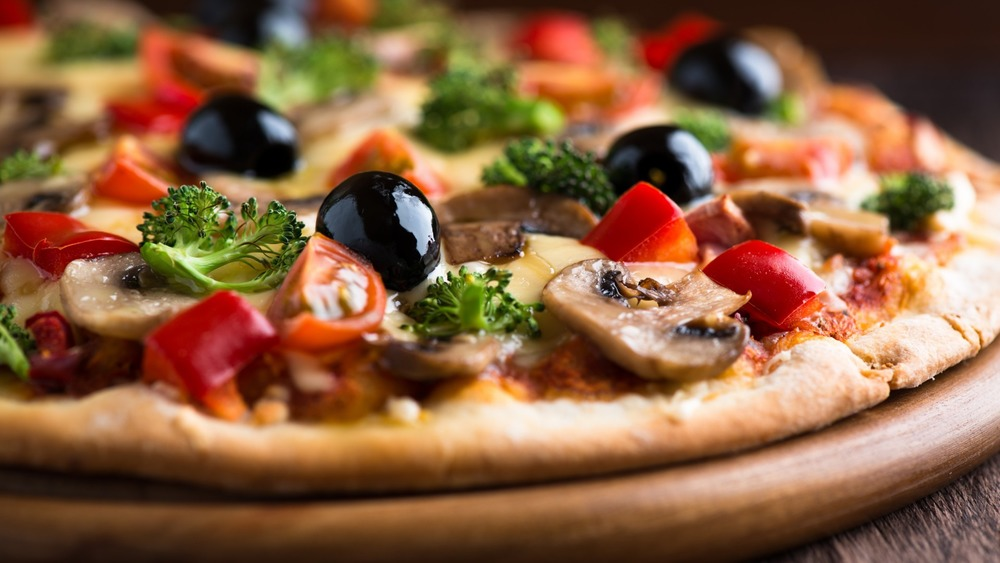 pizza-with-olives1.jpg