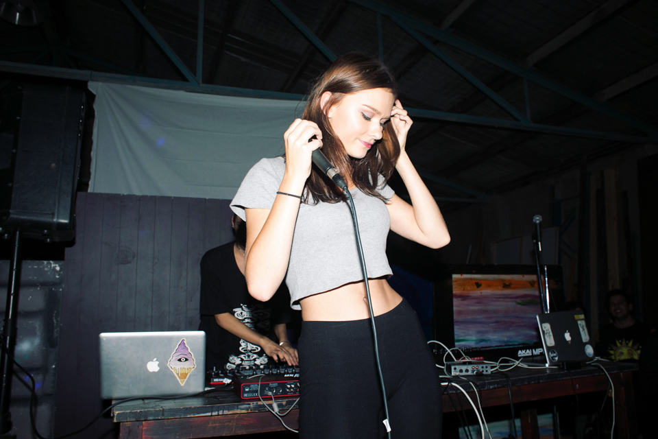 VOENA_FLING_FLING_FLOW-FI_FLUX_WAREHOUSE_PARTY_SYDNEY_PHOTOS-7.jpg