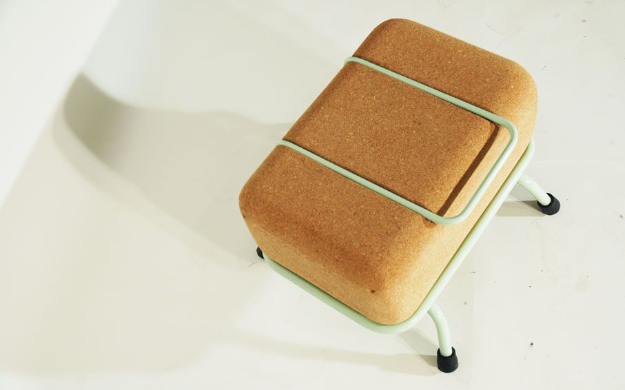 tupa-stool-01.jpg