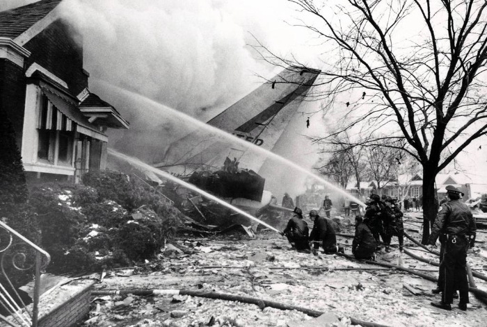 This crash of a United airliner near MIdway Airport in Chicago in December 1972 has unexpected consequences in the White House.