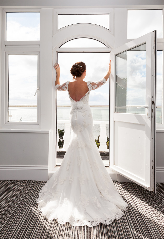 The bride on the balcony