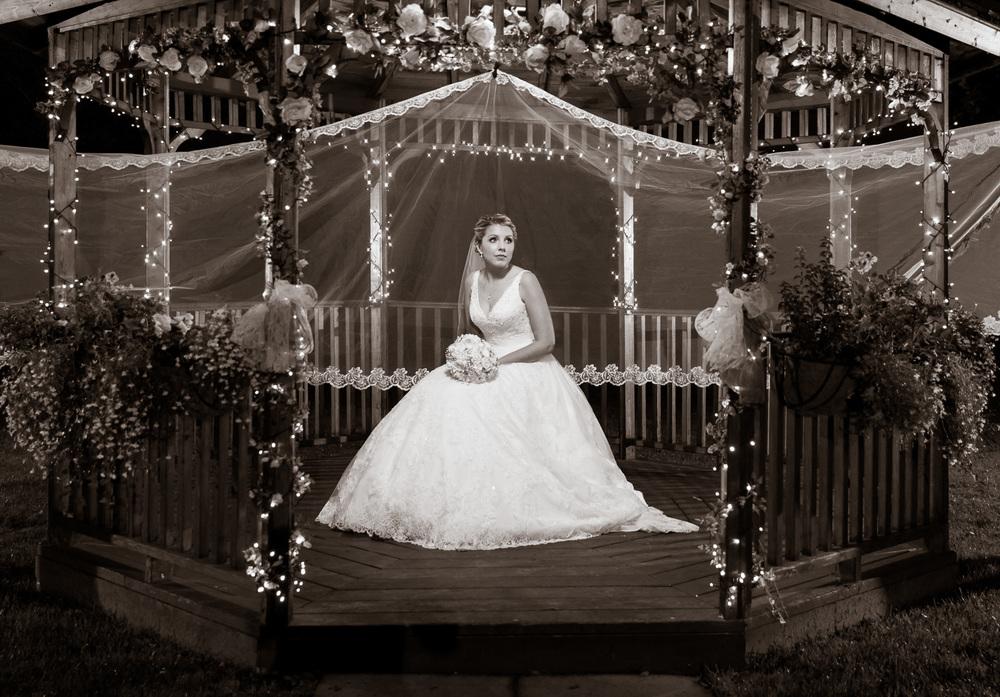 Bride in pagoda