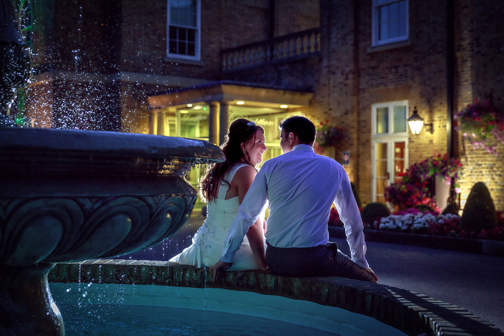 Wedding photography by a fountain