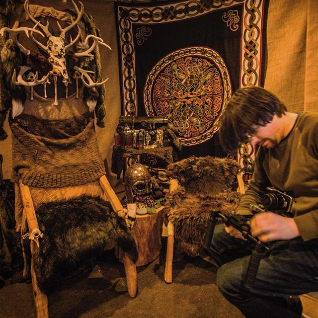 Throne room details, so much burlap. #firehazard #TYRFING #burlap #artdirection #shortfilm #diyfilmmaking #vikings #got