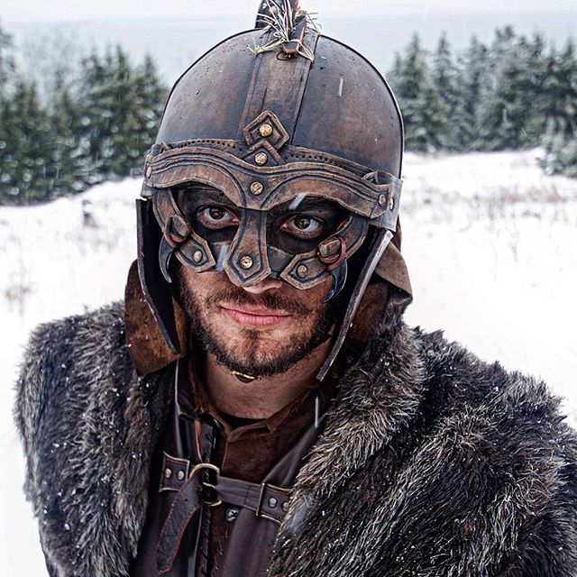 Adam Siladi as Hjorvard, brother of Angantyr. #TYRFING #vikings #costumedesign #armor #vikingarmor #scandinavian #got #lordoftherings #fantasy #norwegianstyle #vikingstyle