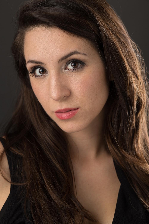 Daniela Di Pasquale Headshot.jpg