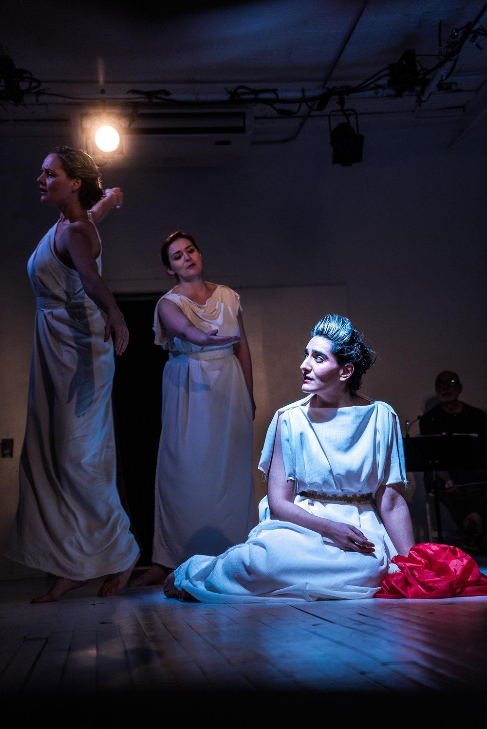 Aumna Iqbal as Orfeo, with Elyse Anne Kakacek and Laura Mitchell in Euridice. Photo credit: Lucas Godlewski