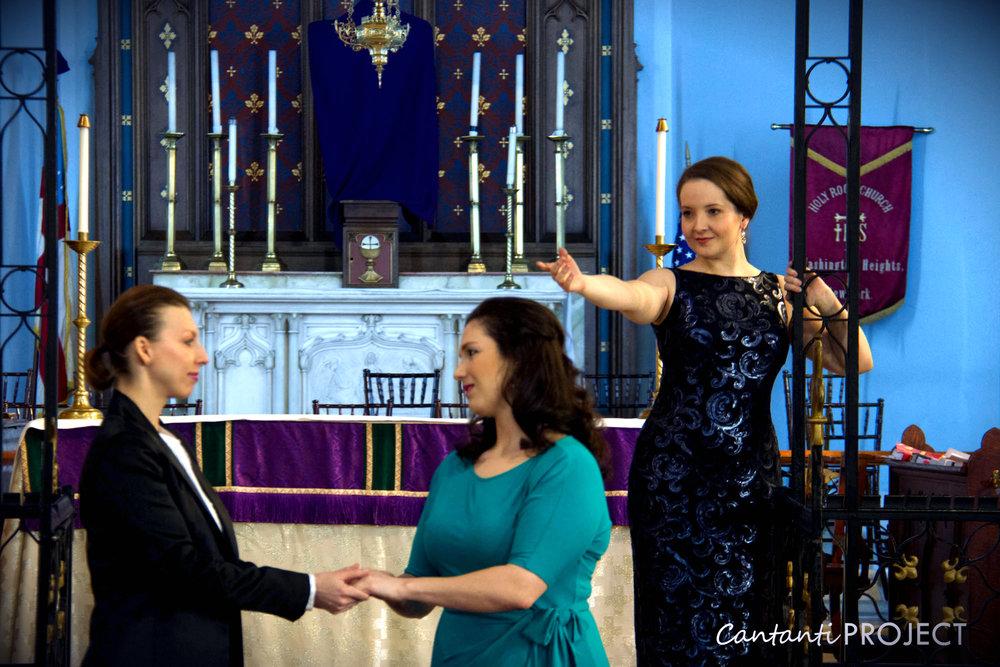 Jane Hoffman as La fee in Cendrillon with Viktoriya Vita and Alexandria Lang. Photo credit: Liang Pan