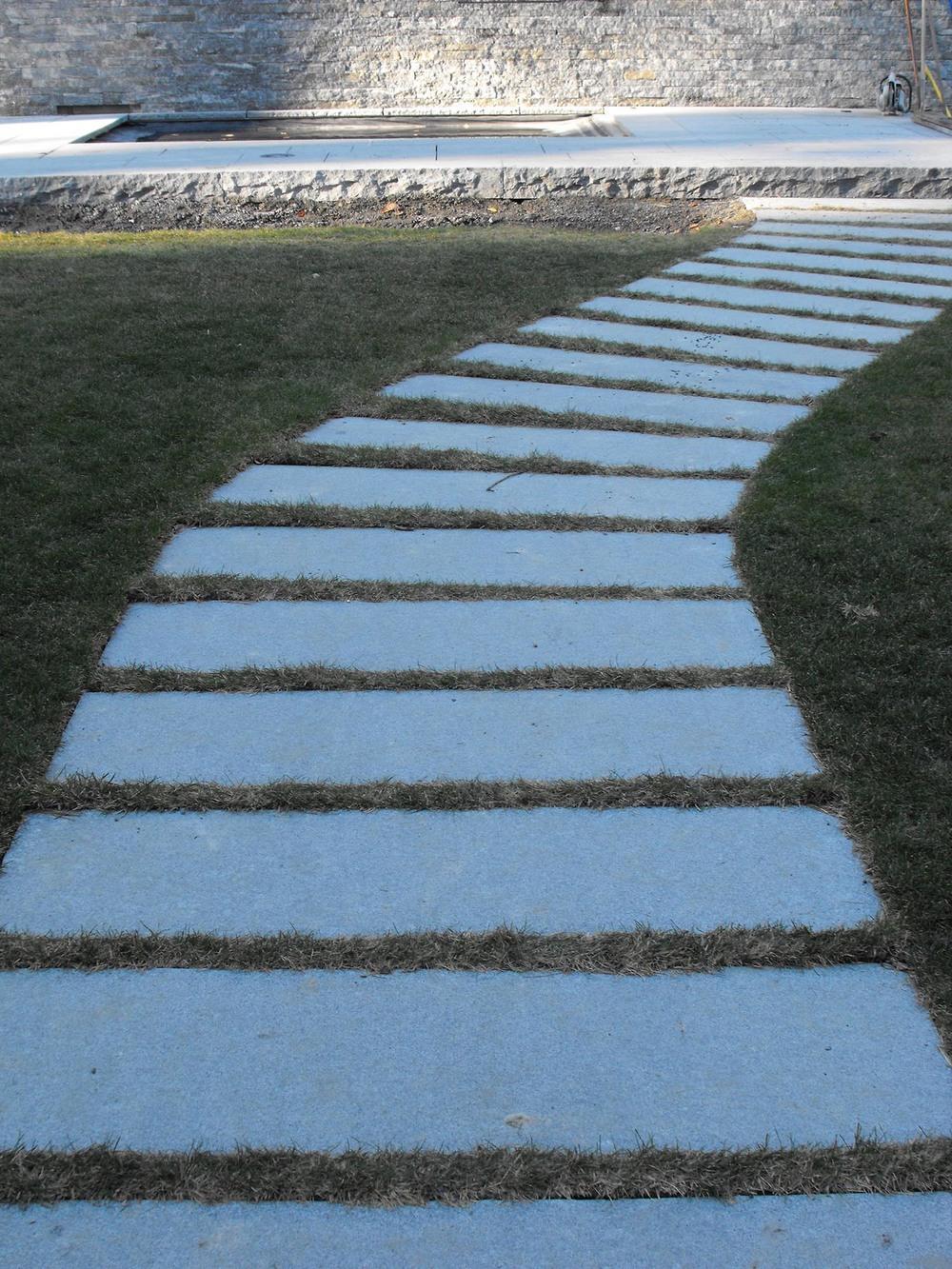 stonewalkway-1500px.jpg