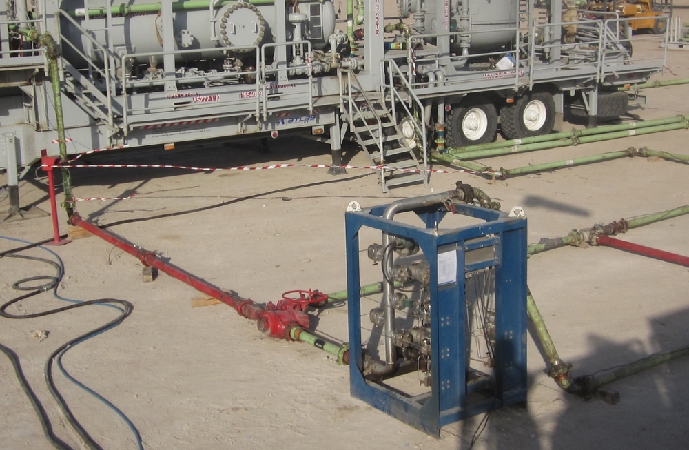 MEDENG MPFM with test separator in background. Iraq 2011