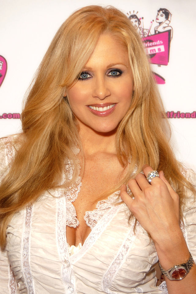 Julia Ann (Photo ©  Glenn Francis )