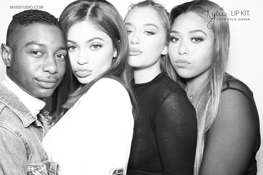 Kylie_Jenner_LipKit_Photobooth_5.jpg