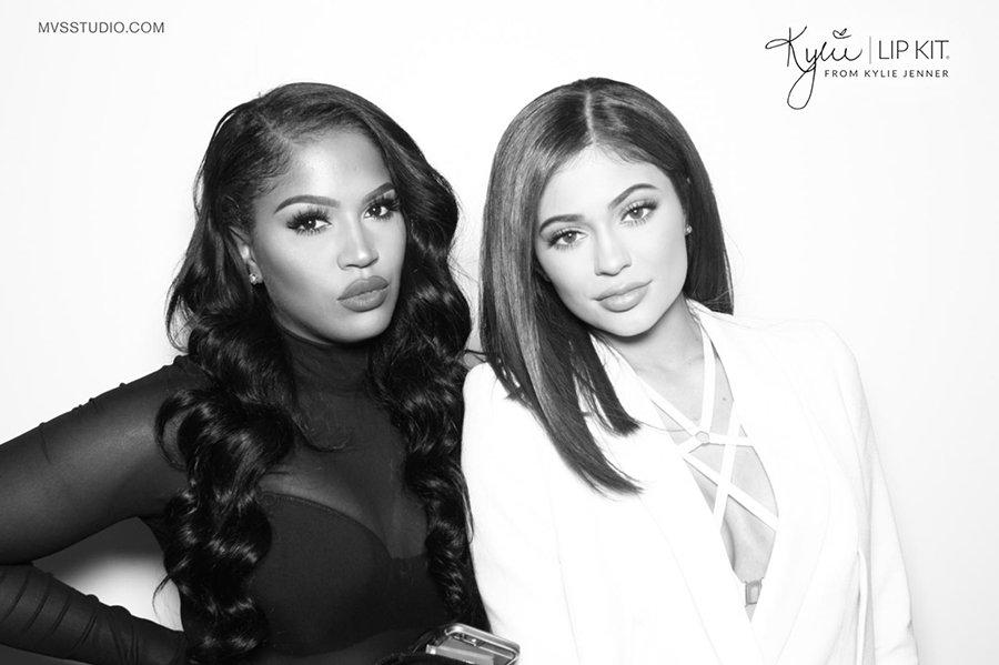 Kylie_Jenner_LipKit_Photobooth_12.jpg