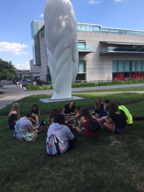 Life in 10 Minutes RYW class chilling and writing at the VMFA.