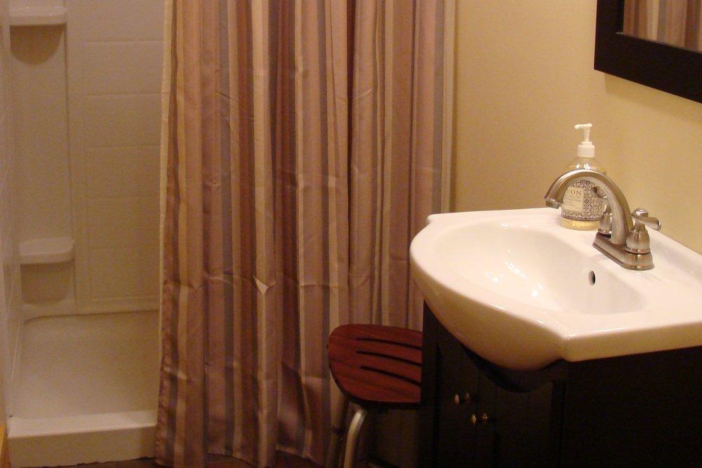unearthing-writing-retreat-loft-showers.JPG