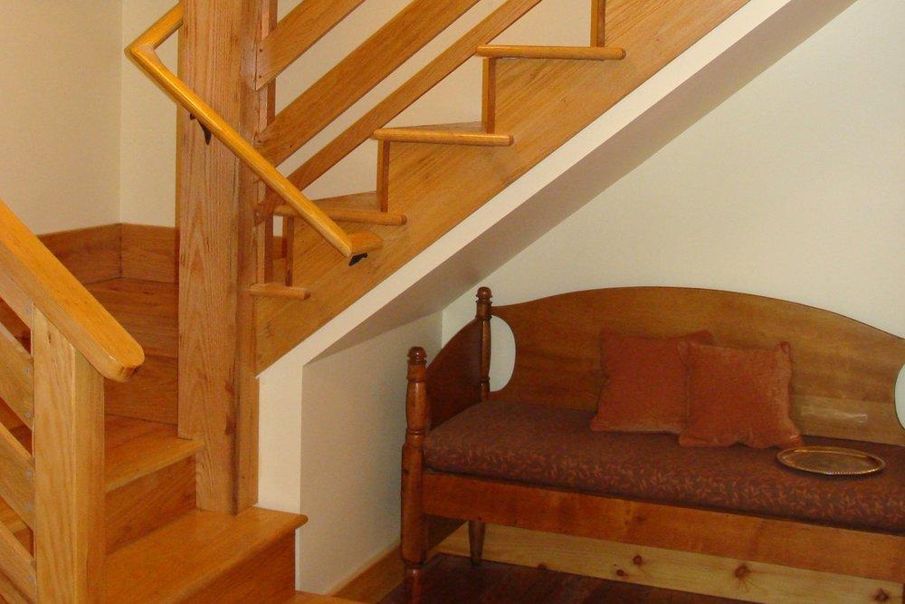 unearthing-writing-retreat-loft-stairs.JPG