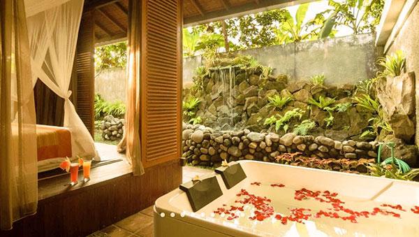 Yoga Retreat Bali Daniel Rama Radhika Svarga Loka