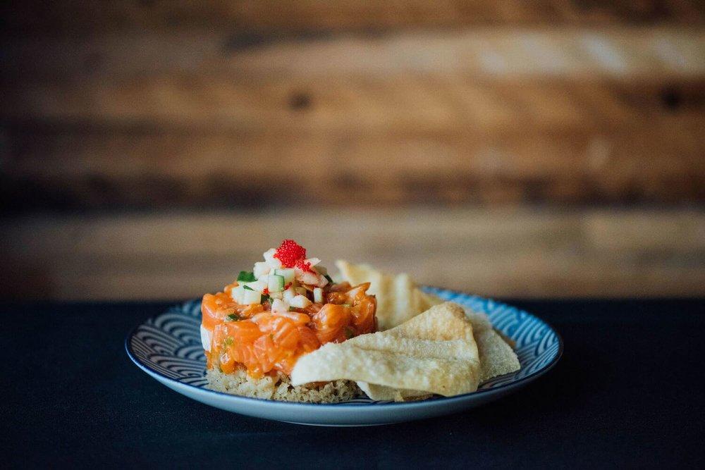 restaurant-cho-asian-brasserie-st-henri-montreal-salmon-tatare.jpg