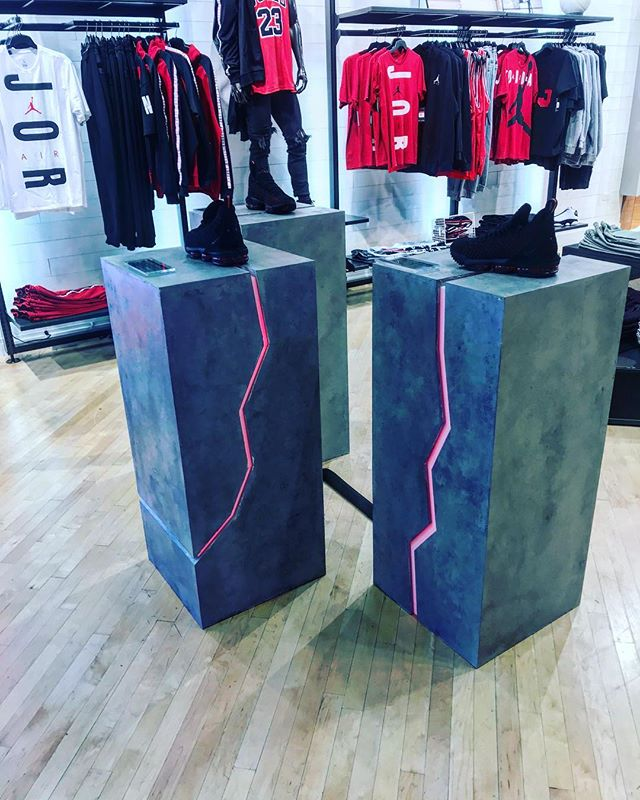 Concrete Pedestals.. ART DIRECTION FTW @stevewhatsyournewinstagram #design #build #display #fabricate #party #nike #mazel