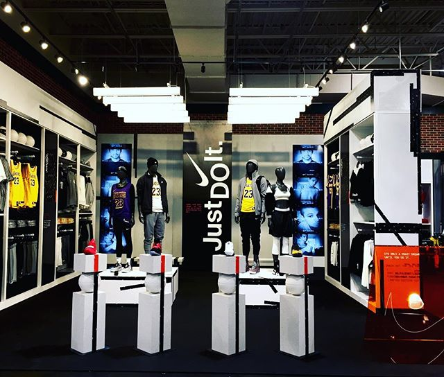 Knotty Boyz knocked out this install for @nike @idlworldwide #design #build #install #graphics