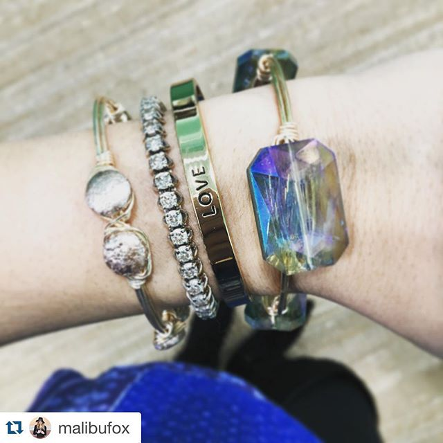 #Repost @malibufox with @repostapp. ・・・ A few of my favorite things... @ellazjewels @mykitsch #MalibuFox #armparty #bangles #boho  #handcrafted #diyjewelry #bangle #inexpensivegifts #smallshops #wirewrapped #stack #gems #fashion #jewelry #accessories #bracelet  #wristwear