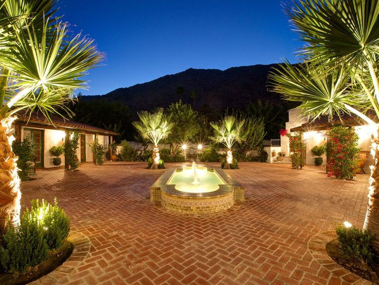 Mesa estate palm springs wedding event homes 449bc4ff 3570 4492 b76f 7bfe34ef6419c10g junglespirit Image collections