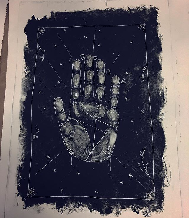 Took my first ever printmaking workshop today, and I'm already hooked. #handmade #printingpress #printing #palmistry #printmaking #crafting #occult