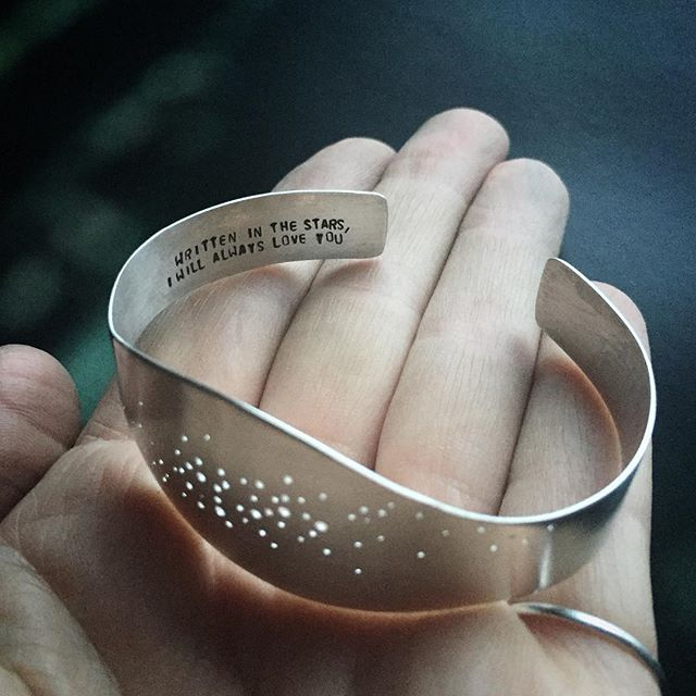 Interlocking constellations - Virgo and Sagittarius - and a sweet love note on the inside of this silver bracelet make for a very romantic Valentine's gift for someone out there. ✨ #metalsmith #silversmith #constellation #jewelry #virgo #sagittarius #handmade #etsyjewelry #etsy #etsyshop #differencemakesus #valentines #vsco #lovenotes #handstamped