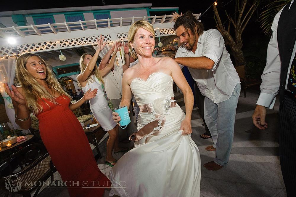 Hope-Town-Bahamas-Wedding_0059.jpg