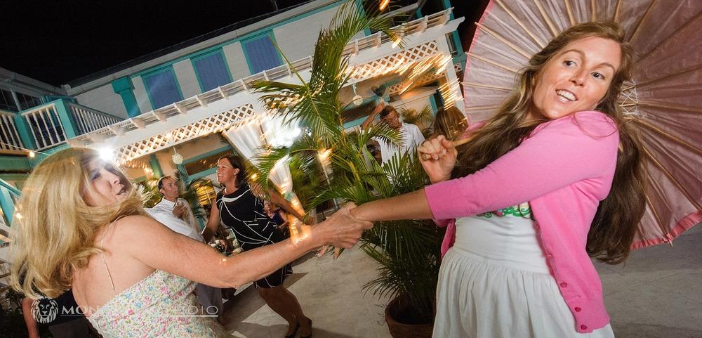Hope-Town-Bahamas-Wedding_0061.jpg